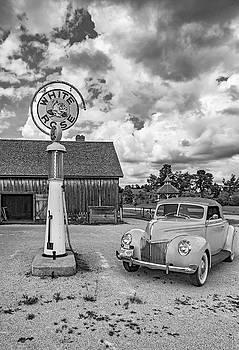 Steve Harrington - 1939 Ford Deluxe Convertible 2 bw