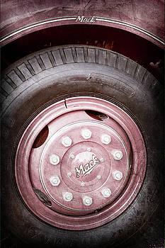 Jill Reger - 1952 L Model Mack Pumper Fire Truck Wheel Emblem -0013ac