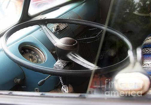 1961 Volkswagen Camper by Steven Digman