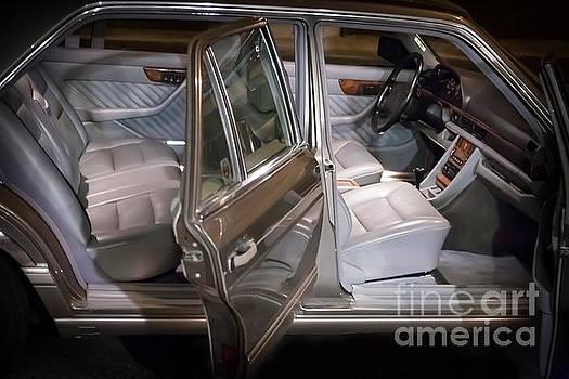 Gunter Nezhoda - 1990 Mercedes SEL Interior