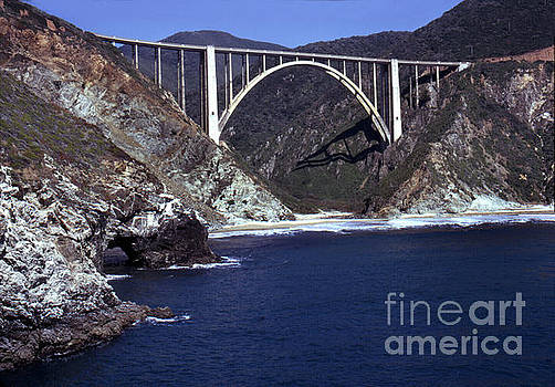 California Views Mr Pat Hathaway Archives - Bixby Creek AKA Rainbow Bridge Bridge Big Sur photo