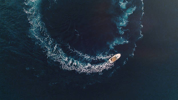 Boat spin by Chris Thodd