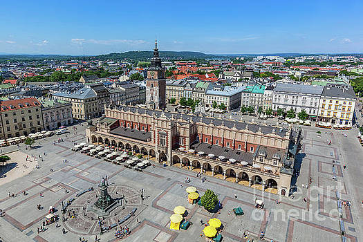 Michal Bednarek - Cracow, Poland. Old town market square and Cloth Hall