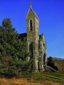 Dahlgren Chapel by Raymond Salani III
