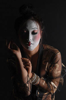 Dance of the Geisha by Jerome Holmes