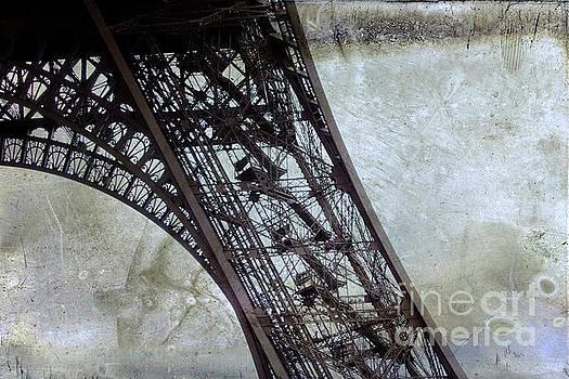 Eiffel tower by Bernard Jaubert
