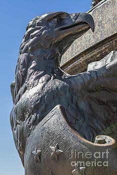 George Washington Monument in Philadelphia by Leslie Banks