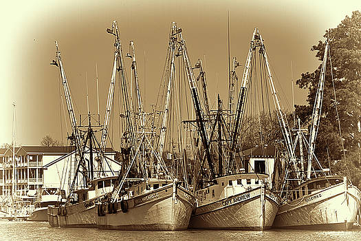 Georgetown Shrimpers by Bill Barber