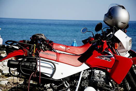 Newnow Photography By Vera Cepic - Honda motorbikes on the beach
