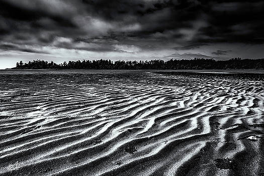 Low Tide by Thomas Ashcraft