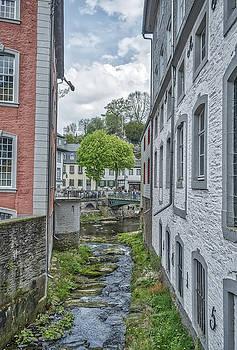 Jeremy Lavender Photography - Monschau in Germany