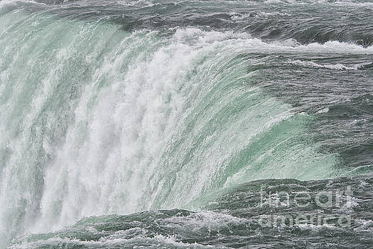 Patricia Hofmeester - Niagara Falls