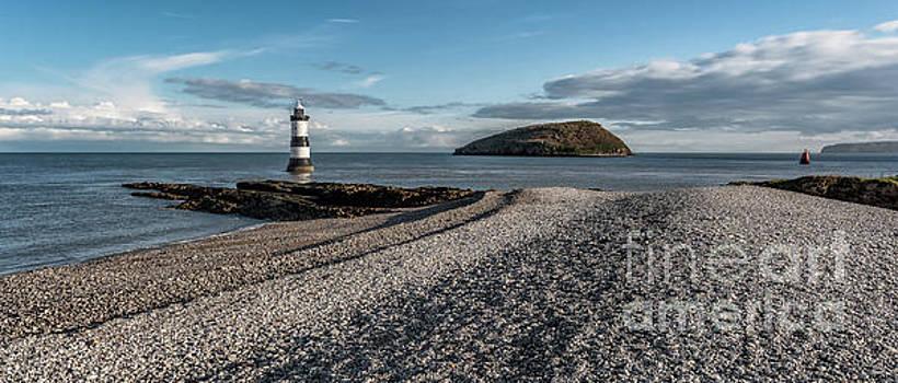 Adrian Evans - Penmon Point Lighthouse