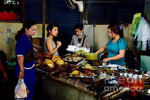 Phsar leu market in Sihanoukville by Mirko Dabic