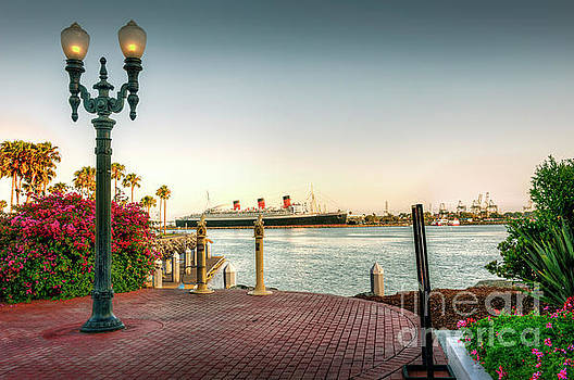 Queen Mary Long Beach  by David Zanzinger