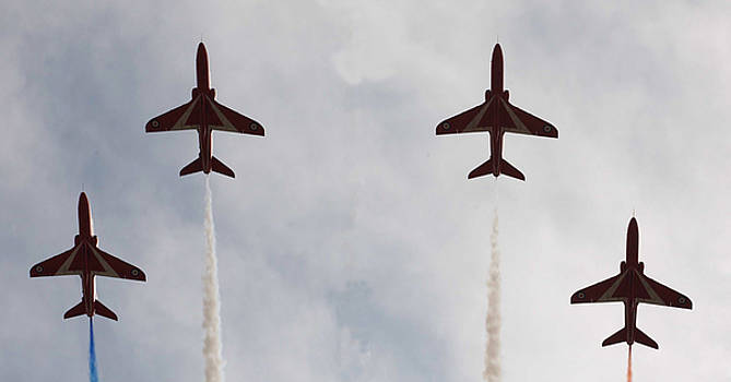 Red arrows by Christopher Rowlands
