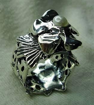 Ring Silver 925 Pearl by Jonatan Kor
