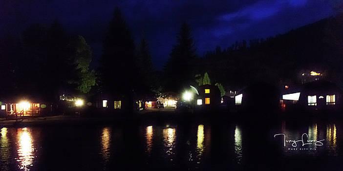 Rio Colorado Lodge by Tony Lopez