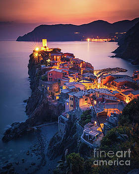 Sunset over Vernazza, Cinque Terre, Italy by Engel Ching