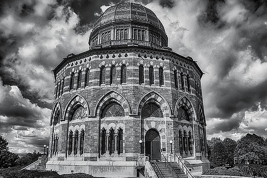 The Nott Memorial Building by Garry Gay