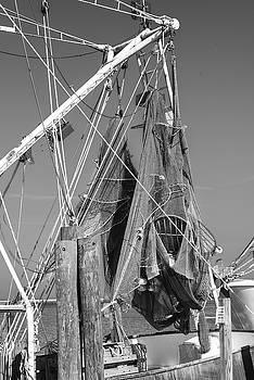 201503140-097K Hanging Fishing Nets BW 2x3 by Alan Tonnesen