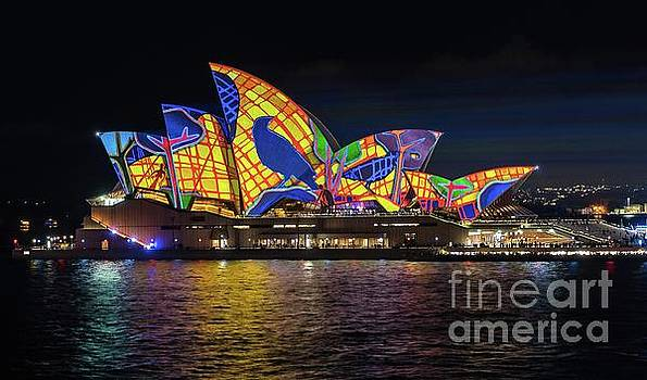 2016 Sydney Vivid 4 by Paul Woodford