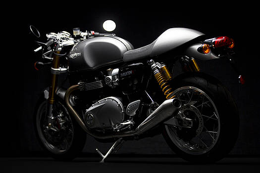 2016 Triumph Thruxton R by Keith May