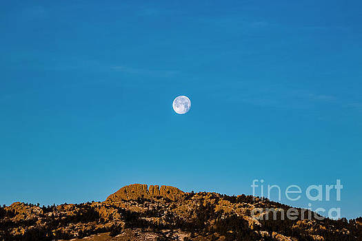 2018 Supermoon Over Horsetooth Rock by Jon Burch Photography