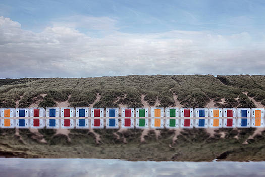 Beach Huts by Joana Kruse