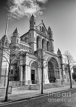 Belfast Cathedral, St. Anne's by Jim Orr