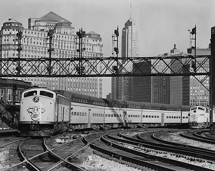 Chicago and North Western Historical Society - Bilevel Trains in Chicago - 1961
