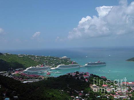 Gary Wonning - Charlotte-Amalie harbor