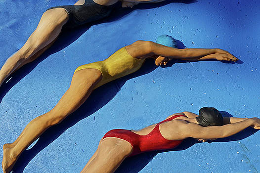 3 Lady Swimmers by Joan Reese