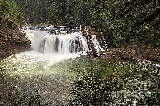 Jamie Pham - Lower Lewis River Falls in Washington State.