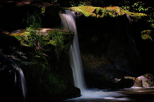 Jeremy Lavender Photography - Lynn Mill Waterfalls