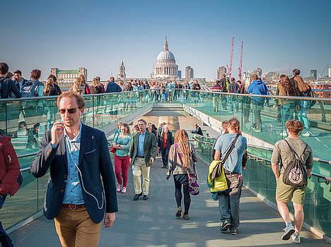 Millennium Bridge by Stewart Marsden