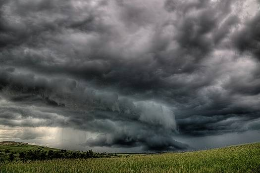 North Dakota Thunderstorm by Dave Rennie
