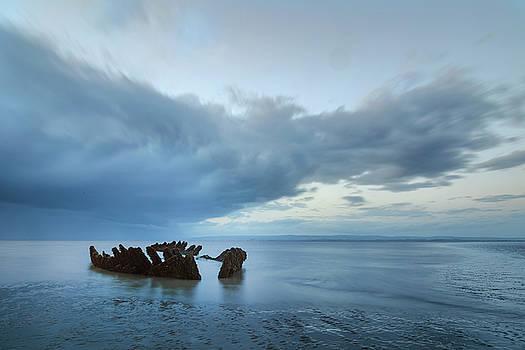 SS Nornen - England by Joana Kruse
