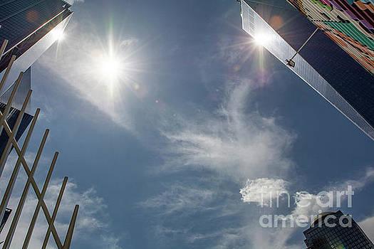 3 Suns by Reynaldo Brigantty