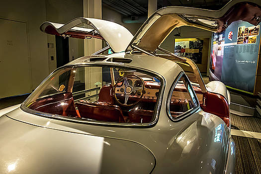 300 SL Gullwing by Paul Barkevich