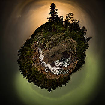 360 Polar Pano Cascades Night by Jakub Sisak