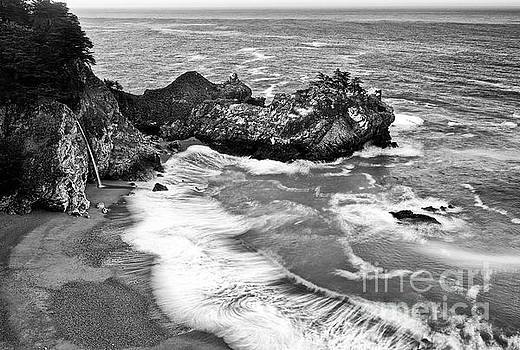Jamie Pham - Beautiful McWay Falls along the Big Sur Coast.