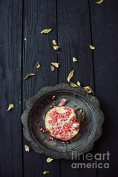 Pomegranate by Mythja Photography