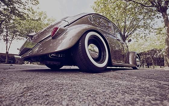 Volkswagen by Dorothy Binder