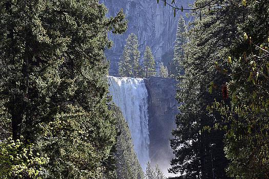 Harvey Barrison - Yosemite National Park - Mist Trail to Vernal Fall