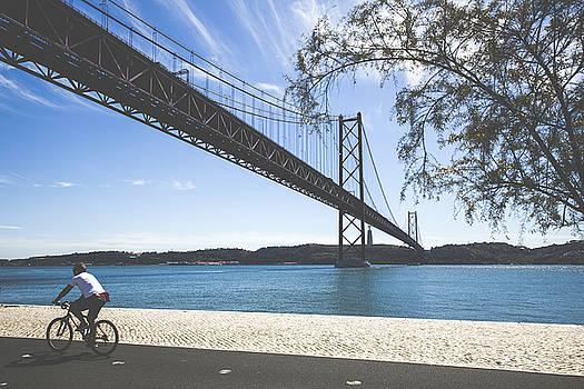 Lisbon by Andre Goncalves