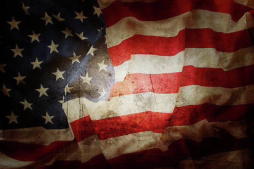 Grunge American flag 2 by Les Cunliffe
