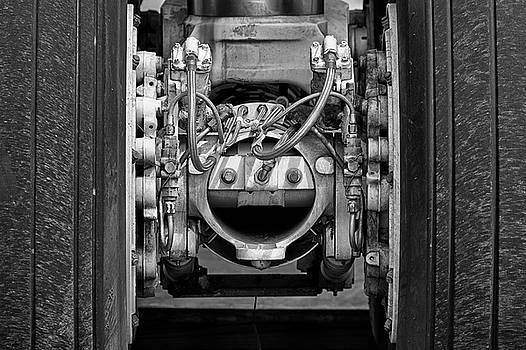 707 Landing Gear by Chris Buff