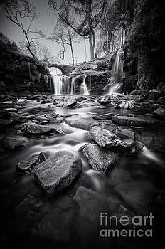Mariusz Talarek - Lumb Hole Falls
