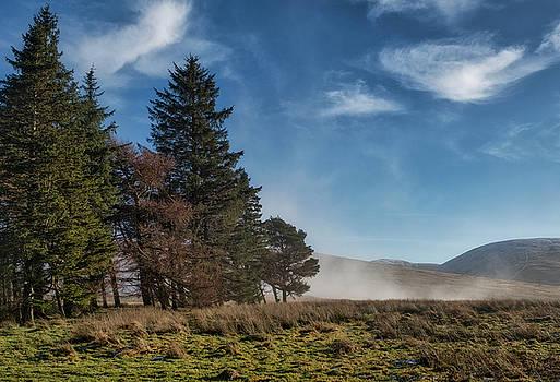 A Beautiful Scottish Morning by Jeremy Lavender Photography